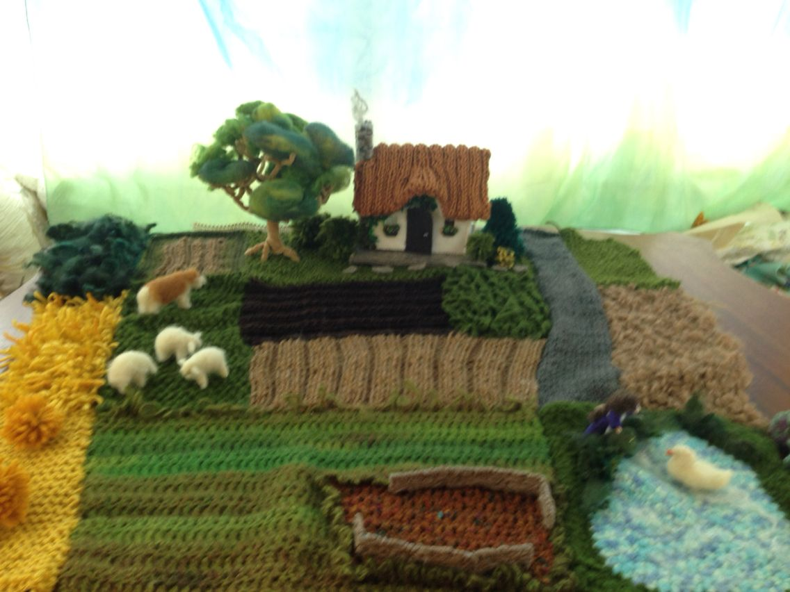 Knitted farm yard with tiny house #SunflowerDolls #Etsy