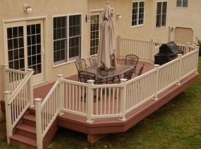 Stained Deck With White Or Cream Railing Trim House To