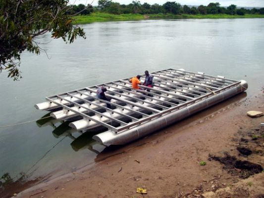 DIY Pontoon Boat Kits (or houseboat | Pinterest | Pontoon boating ...