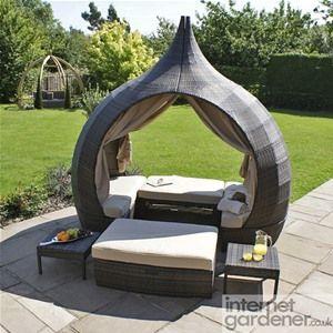 Maze Rattan Peach Daybed Internet Gardener Outdoor Daybed Outdoor Garden Furniture Garden Day Bed