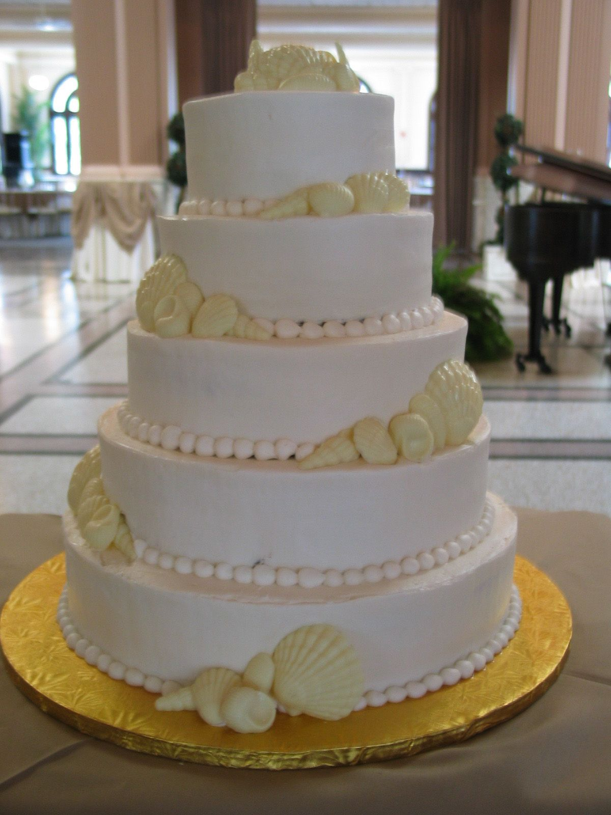 Wedding Cake With Sea Shells Made By The Bakery At Sullivan University In Louisville