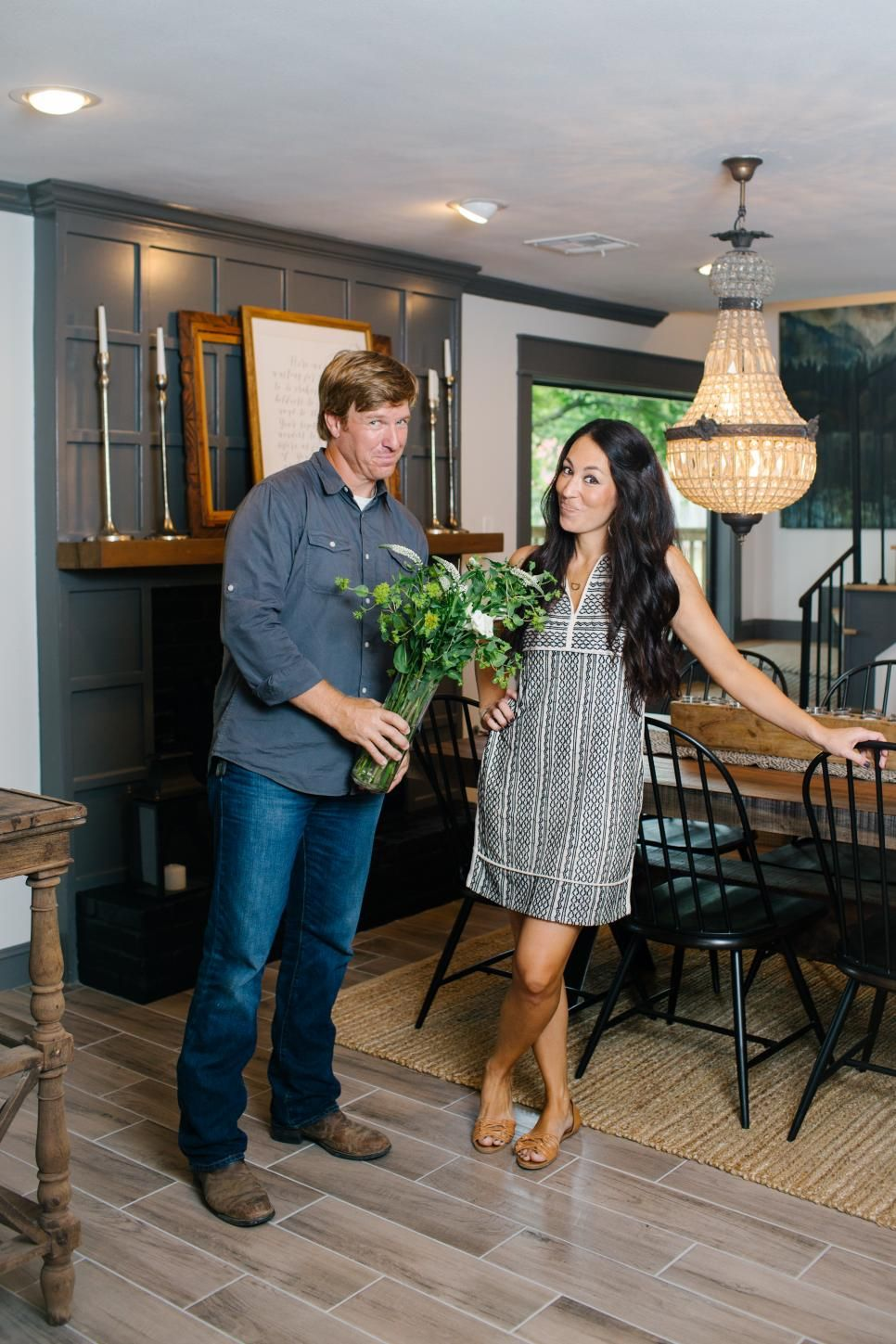 joanna gaines pictures our favorites from hgtv 39 s fixer. Black Bedroom Furniture Sets. Home Design Ideas