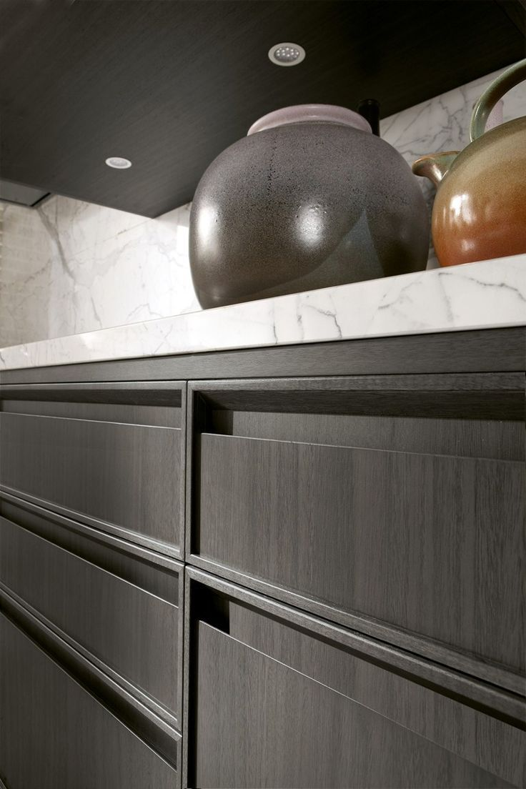 linear kitchen with integrated handles timeline legno charcoal grey dettaglio maniglia on kitchen cabinets no handles id=76947
