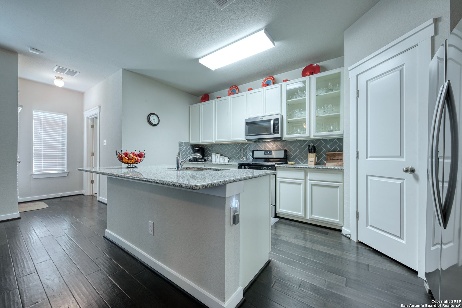 RENTTOOWN THIS HOME!🚩 💰 2,380/Month 🛌 5Bedrooms 🛀 3