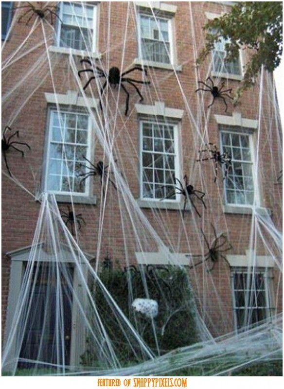Scary Halloween Decoration Ideas For Outside (34 Yard Pics) - Snappy - pinterest halloween decor outside