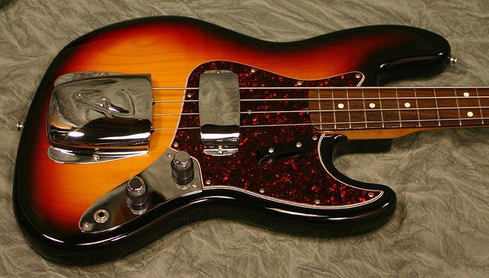 Fender 62 Reissue Jazz Bass