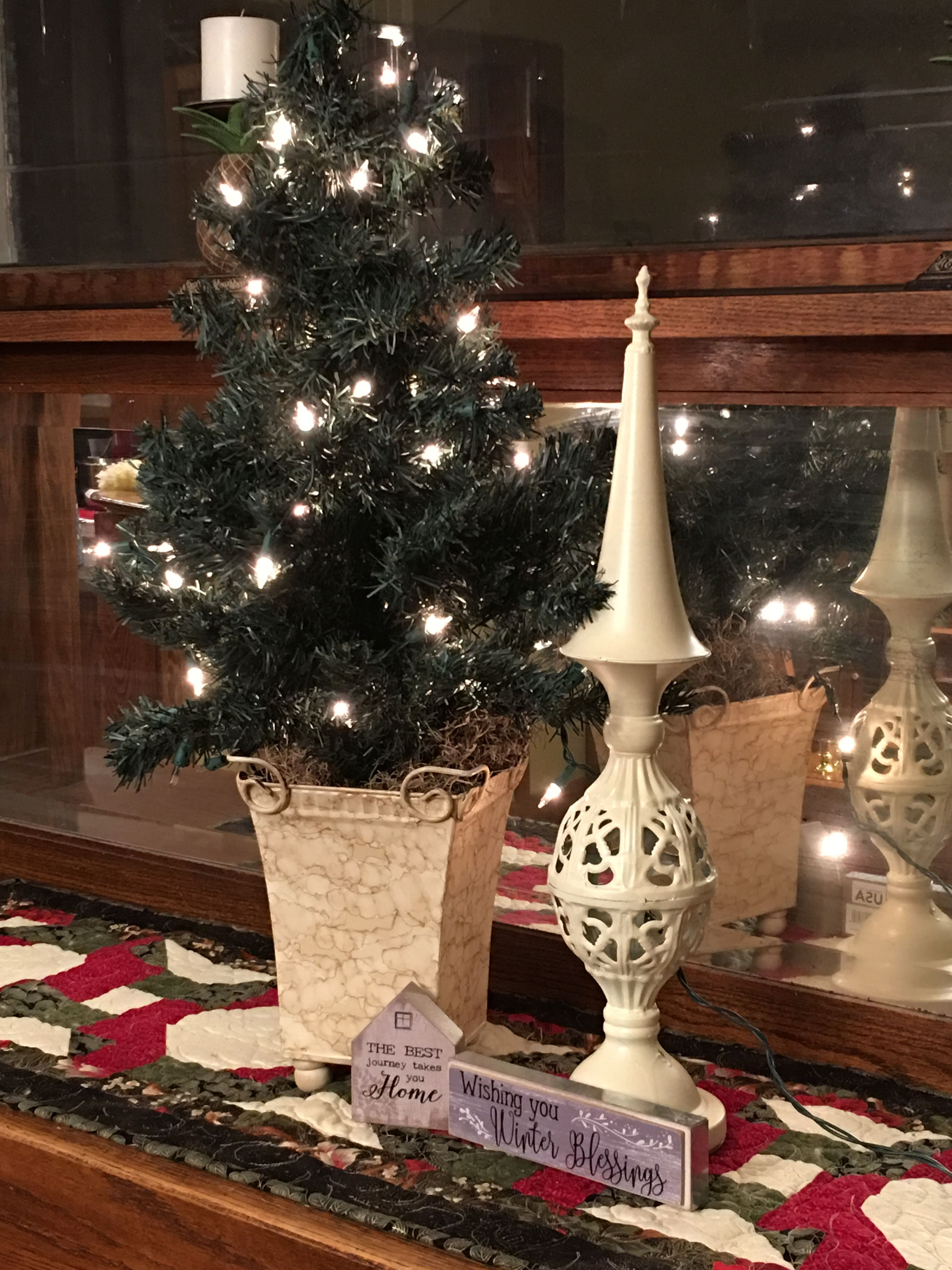 Pin By Peggy Fulton On Leafy Town Vintage Renewal Holiday Decor Christmas Tree Decor
