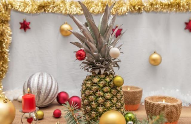 Pineapples #2017Merry Christmas  L'ananas a remplacé  le sapin de Noël