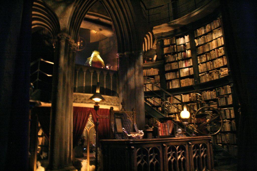 Wizarding World Of Harry Potter Dumbledore S Office Harry Potter Aesthetic Dumbledores Office Wizarding World Of Harry Potter