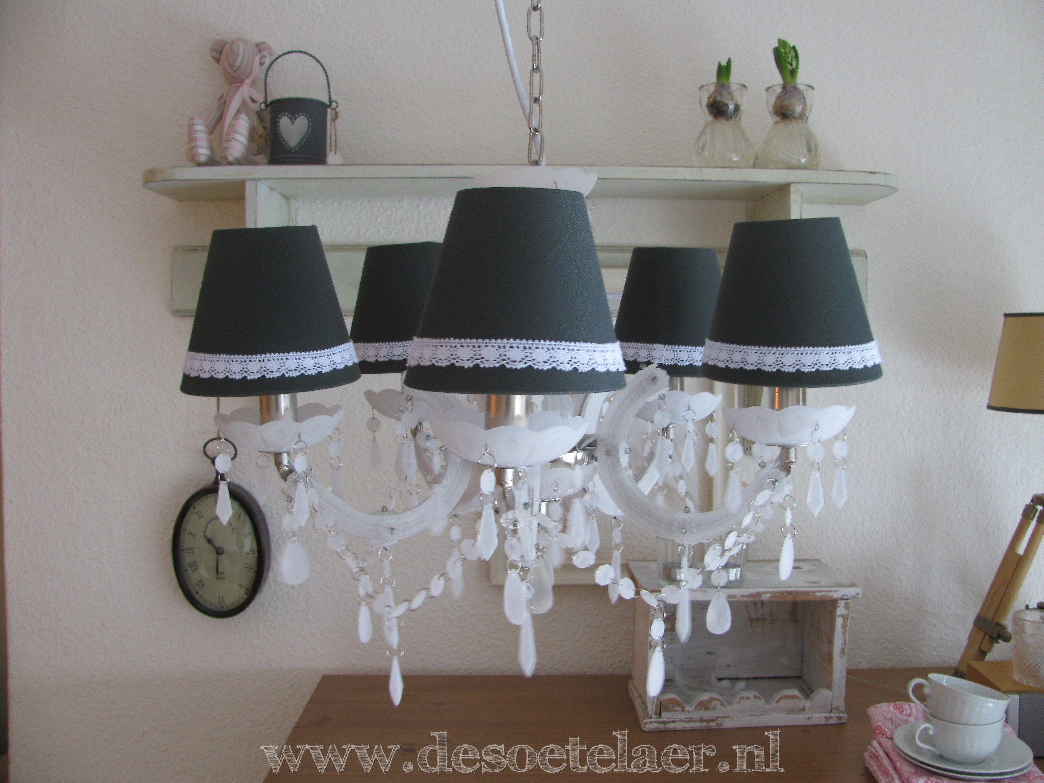 Kroonluchter met klemkapjes chandelier with clip cap www kroonluchter met klemkapjes chandelier with clip cap desoetelaer arubaitofo Gallery