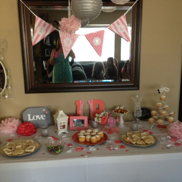 Best 25+ Coral Bridal Showers Ideas On Pinterest