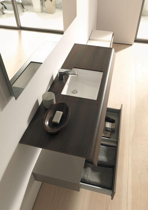 Duravit onto mobile bagno offre spazio per riporre for Tutto per il bagno