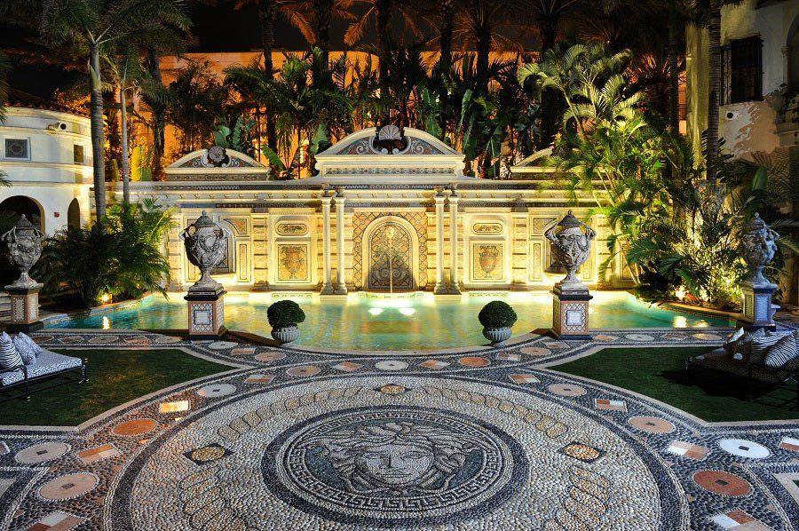 10 Secrets Of Gianni Versace S Miami Mansion Hidden Passages A 24 Karat Pool And A List Regulars With Images Versace Mansion Miami Mansion Mansions