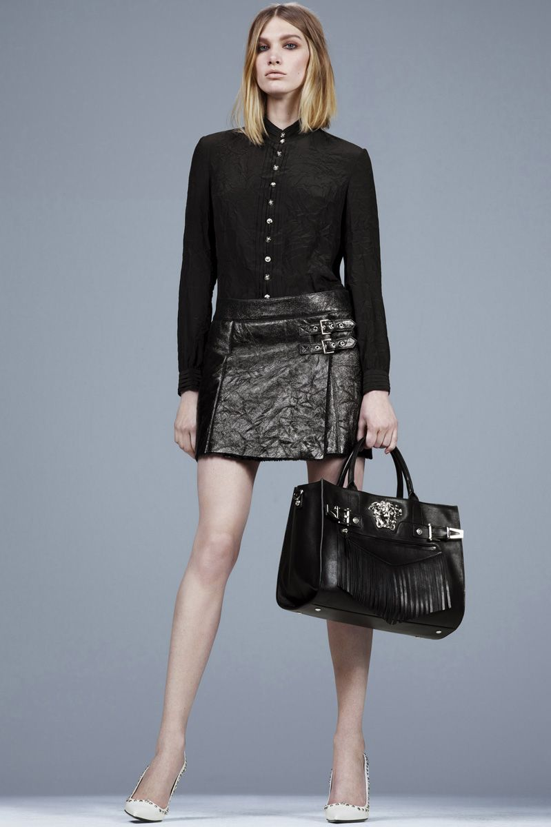 Versace Pre-Fall 2014 - Runway Photos - Fashion Week - Runway, Fashion Shows and Collections - Vogue