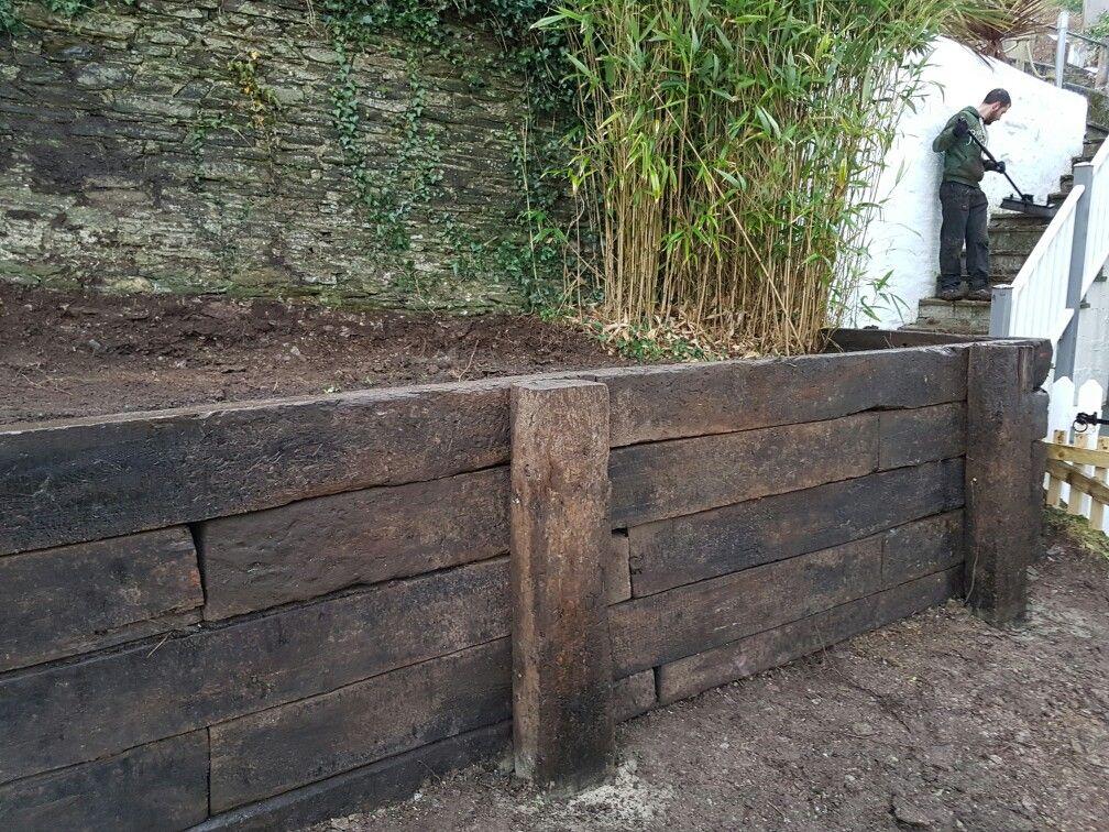 Reclaimed Railway Sleeper Retaining Wall Nick Dyson Landscaping Sleeper Retaining Wall Retaining Wall Oak Sleepers