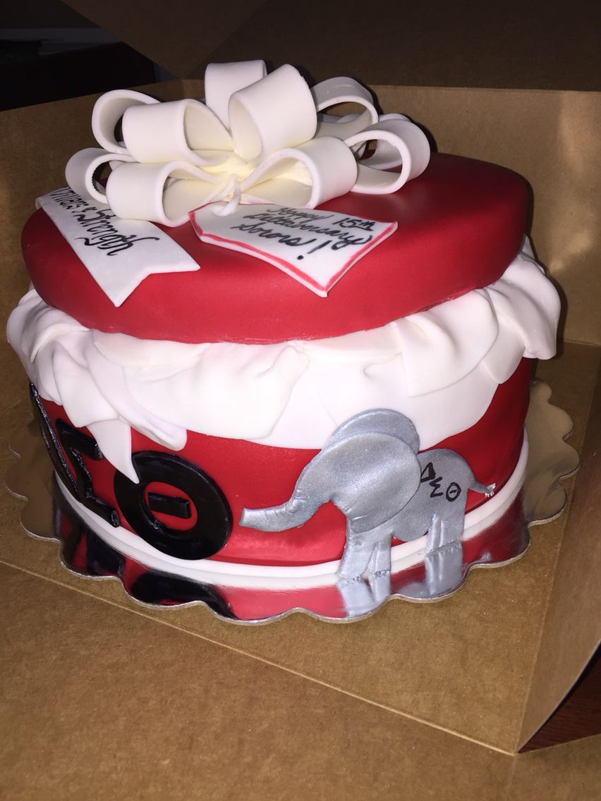 Delta Sigma Theta Cake Www Buttercremebliss Com My