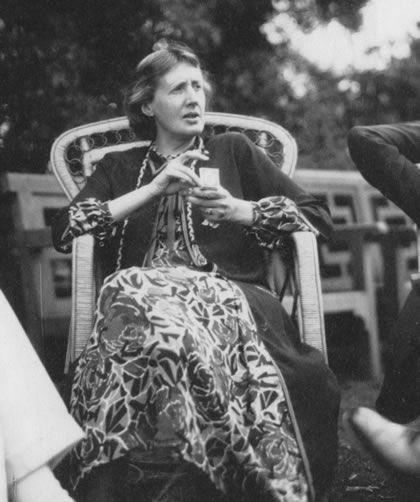 Virginia Woolf In Her Nicole Groult Dress At Garsington Jpg 420