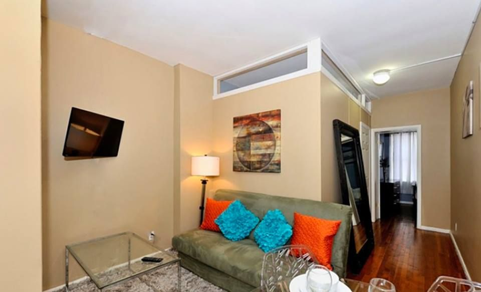 Search Rooms for Rent in New York City : find roommates and apartments  shares with very