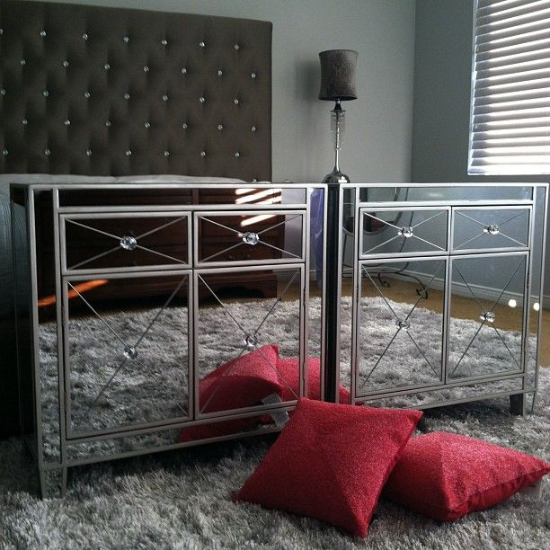 Gorgeous Mirrored Nightstands From #HomeGoods #MajorScore