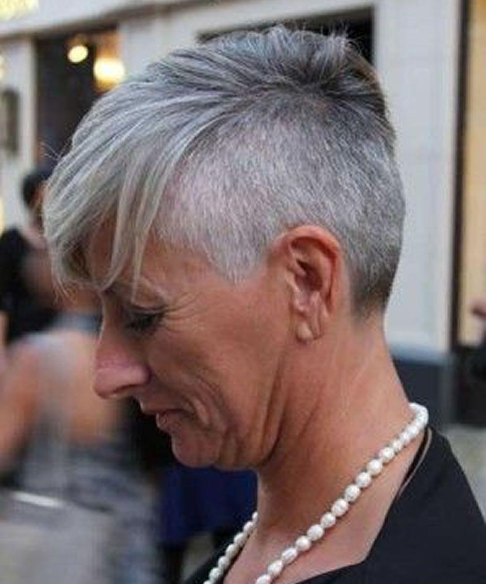 2018 Haarschnitte Frisuren Für ältere Frauen über 50 Unbedingt