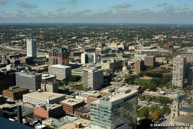Onmilwaukee Com Gallery Doors Open Milwaukee Milwaukee City Milwaukee City Pictures