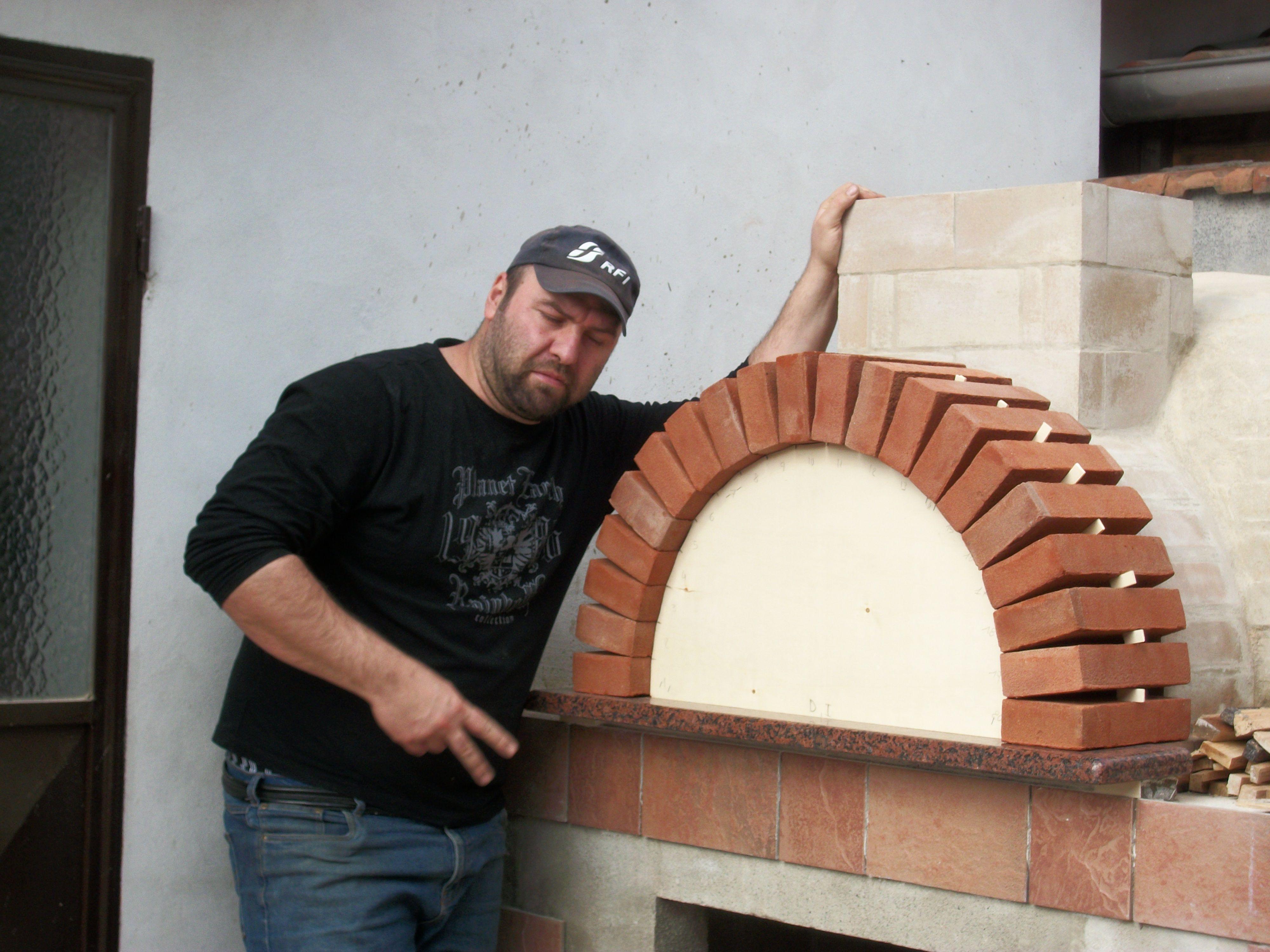 Forno a legna e barbeque fai da te forno a legna pinterest - Forno senza canna fumaria ...