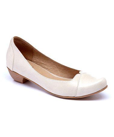 Loving this Cream Nicole Leather Pump on #zulily! #zulilyfinds