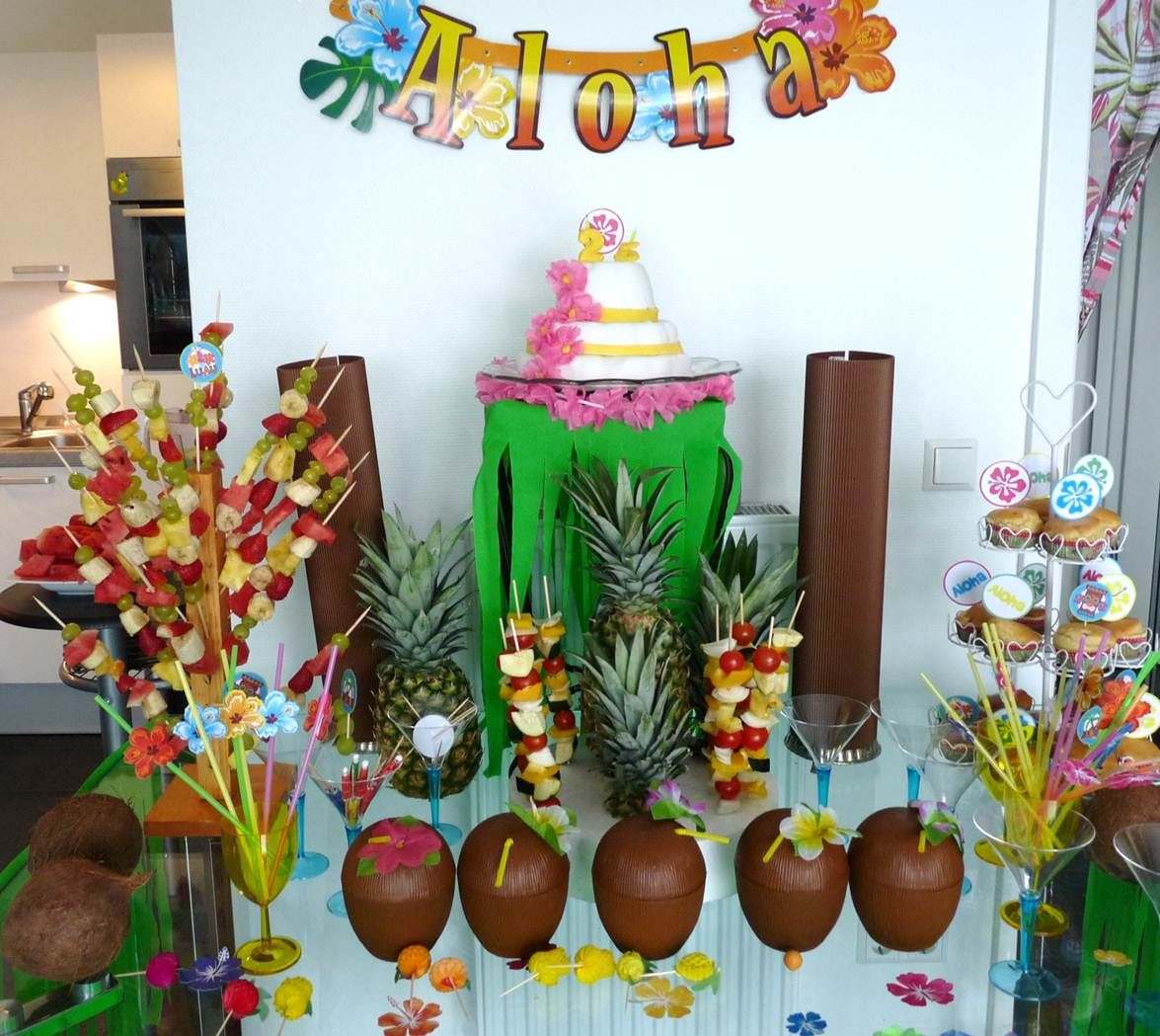 hawaii dessert table by the party ville luxembourg thepartyville