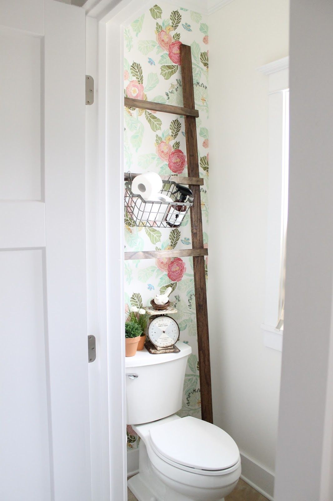 Bath ladder storage design make your bathroom more cute and cool - 26 Half Bathroom Ideas And Design For Upgrade Your House