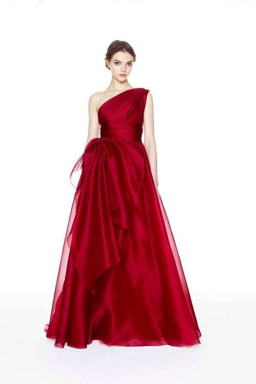 Marchesa Pre Fall 2014: I love this one shoulder gown in a deep rich red. Perfect for fall and even for a fancy holiday gathering! A gold embellishment, fabulous jewelry, or an embellished evening bag will look stunning with this gown!