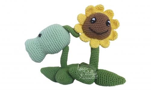 Plants versus zombies - free pattern,needs translation.Includes link to video tutorial
