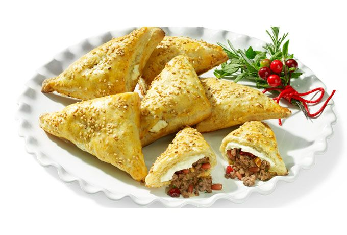 Prepara unas Hojaldras decembrinas un toque Philadelphia para la cena de navidad ¡Disfruta nuestra receta decembrina con tu familia esta época!