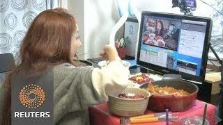 Korean Girl gets paid upwards of $9,000 a month streaming herself eating over the internet. - http://limk.com/news/korean-girl-gets-paid-upwards-of-9000-a-month-streaming-herself-eating-over-the-internet-121395009/