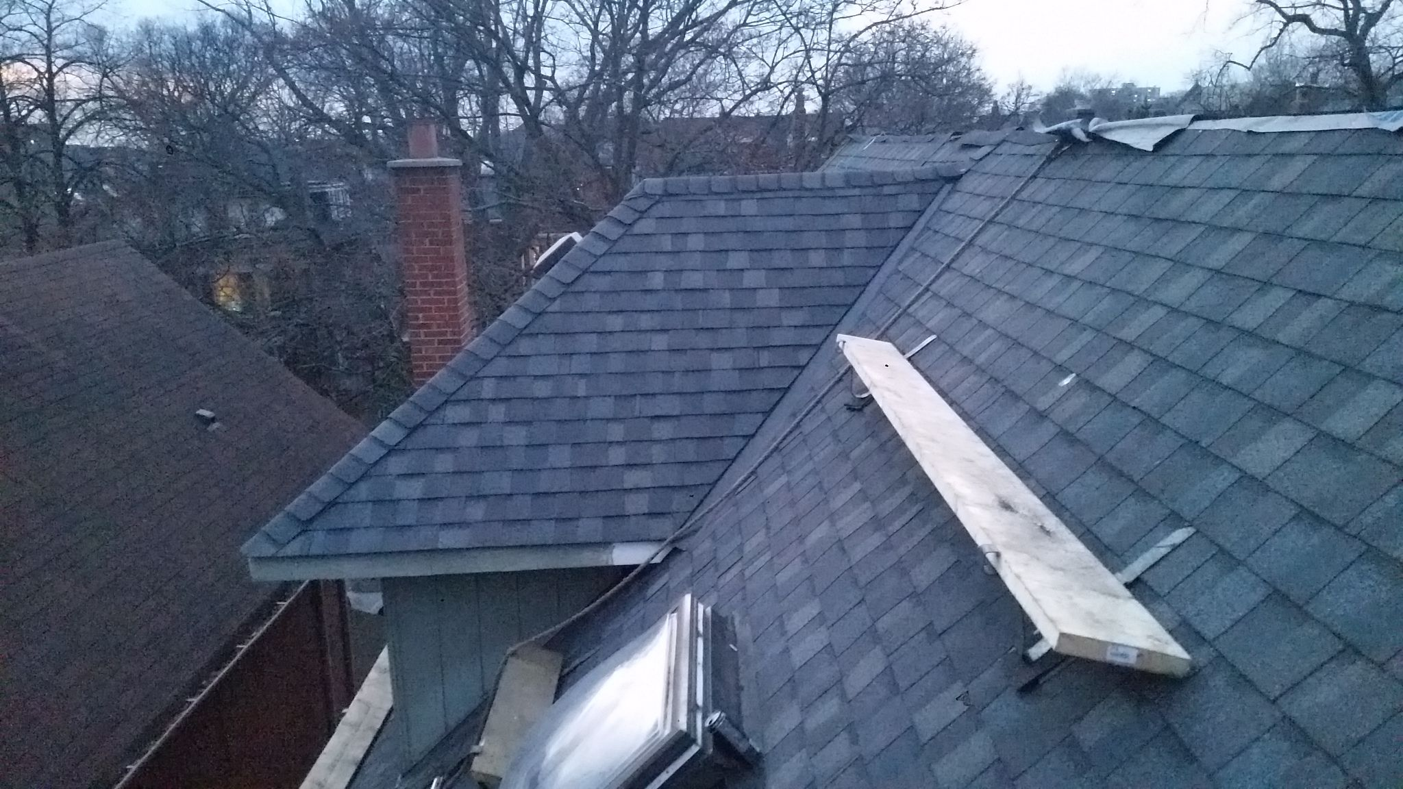 Shingle Roof Replacement In The Annex Toronto By Jspec Roofing Roofing Services Roofing Roof Shingles