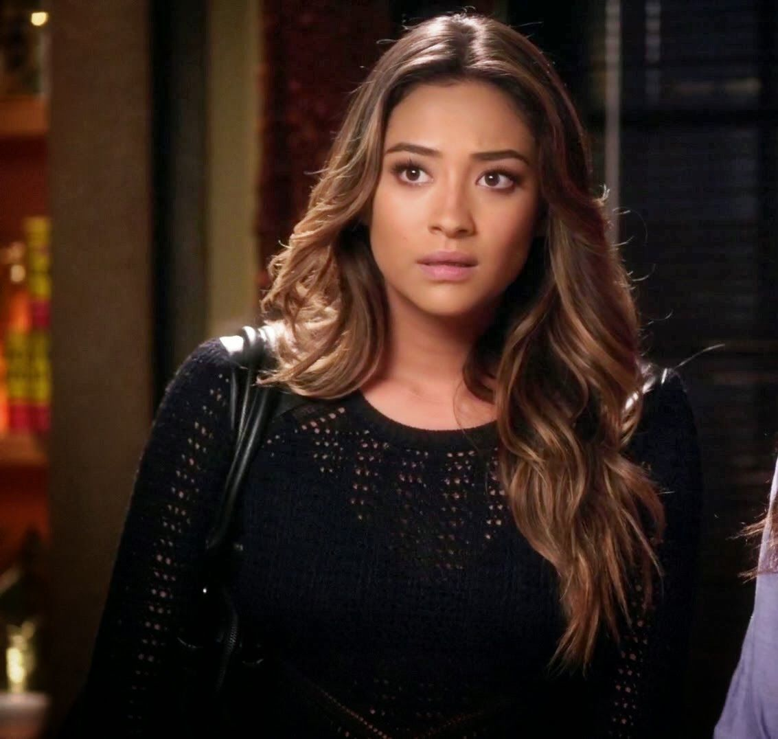 "Emily's Rachel Roy Top Long-Sleeve Scoop-Neck Faux-Leather Crochet Pretty Little Liars Season 4, Episode 18: ""Hot For Teacher"" - Spotted on ..."