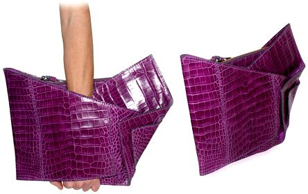 Enjoy FREE SHIPPING on the latest clutches and clutch handbags at eBags - experts in bags and accessories since 1999. Description from klatchmoda.atspace.eu. I searched for this on bing.com/images