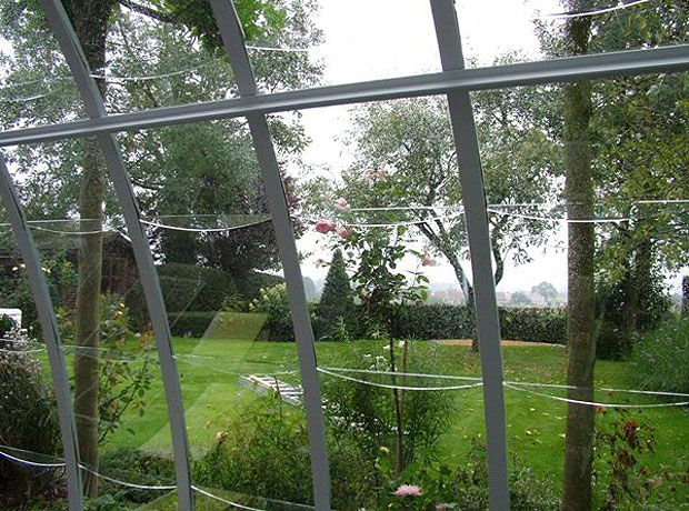 Serre de jardin d tail tuile arrondie en verre serre de jardin pinterest serre de jardin for Tuile arrondie