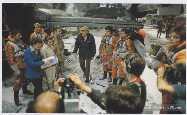 Star Wars: Episode V - The Empire Strikes Back - Behind the scenes photo of Carrie Fisher & Irvin Kershner