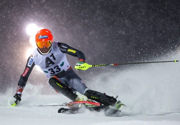 Bode Miller of the USA in action during the first run of the men`s Slalom race of the FIS Alpine Skiing World Cup in Schaldming, Austria.