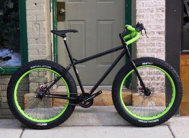 c141b37074f Milltown Cycles: Drop bar SS MTB Pugsley. Those tires are FAT ...