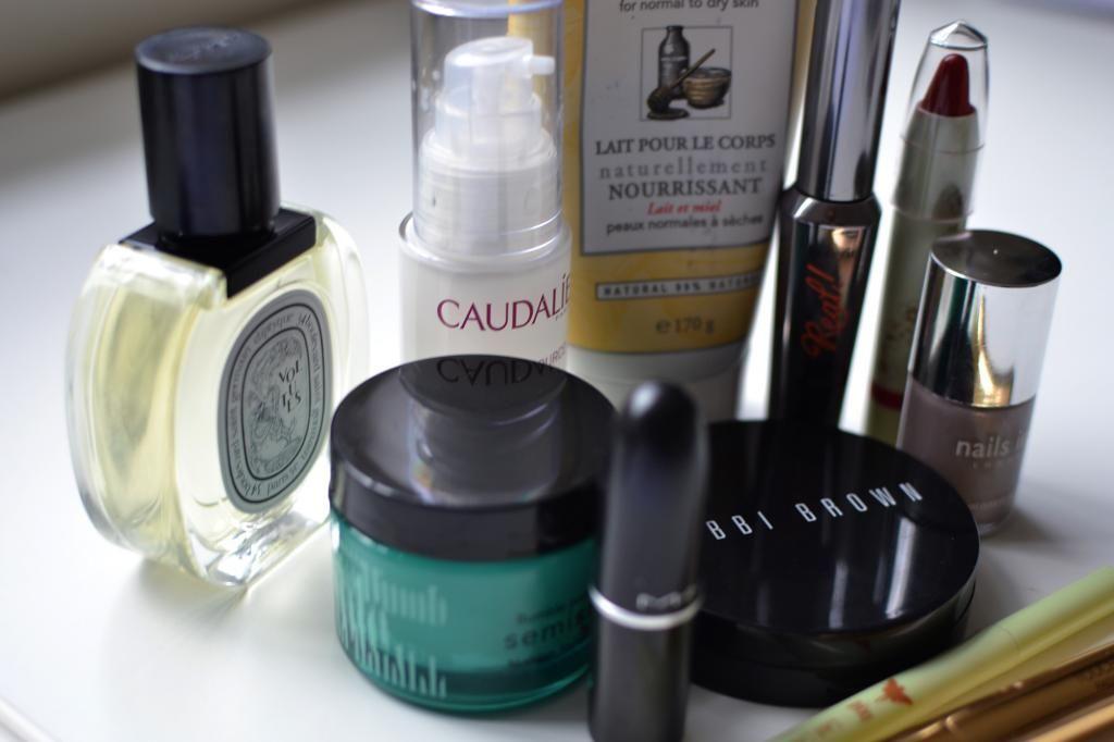 November Beauty Favourites | www.essiebutton.com