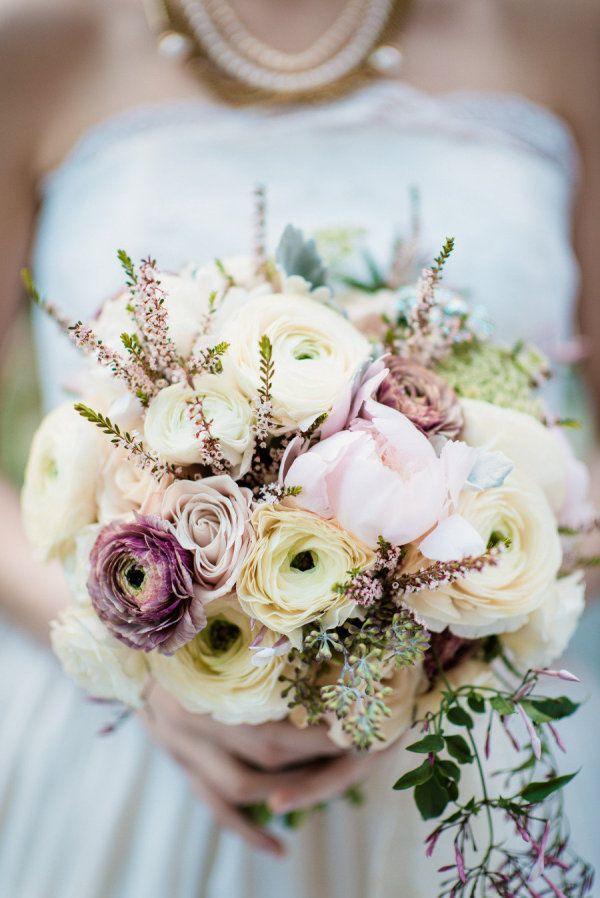 Тематические свадебные букеты фото 2016, цветов