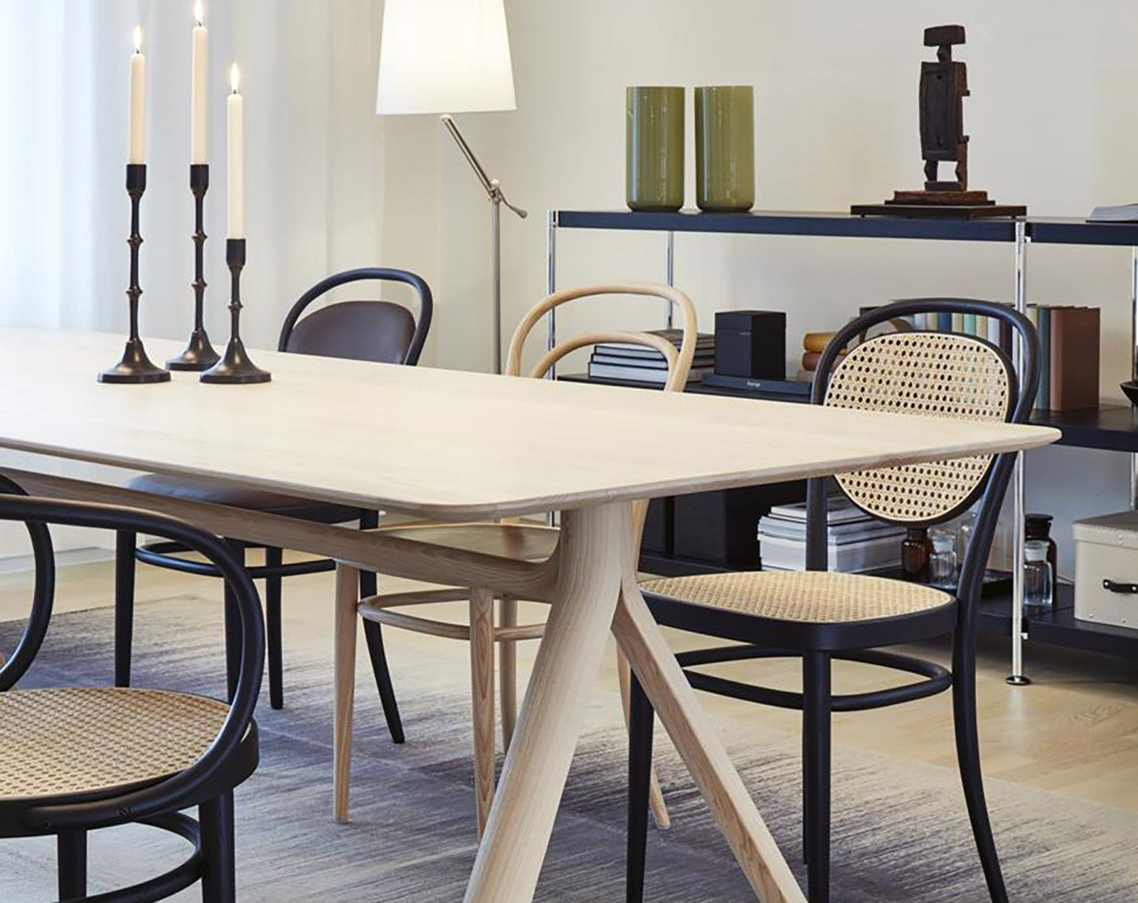 6c59dcaa9a7e54d92f45640a9d1f2cec Incroyable De Table Basse Le Corbusier Concept