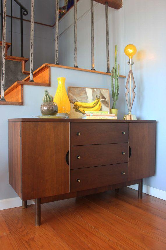 vintage mid century modern credenza buffet sideboard. Black Bedroom Furniture Sets. Home Design Ideas