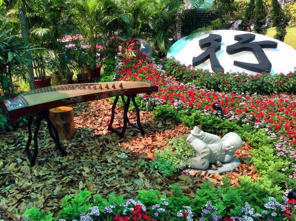 Vesak Day Garden Theme Decor @FGS 卫塞節花海美景@佛光山