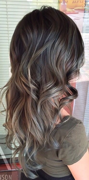 gray silver ombre hair pinterest cheveux coiffure. Black Bedroom Furniture Sets. Home Design Ideas