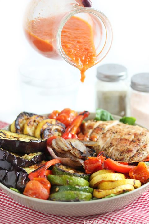 Grilled veggie and chicken salad with tomato vinegerett. This dressing sounds so yummy