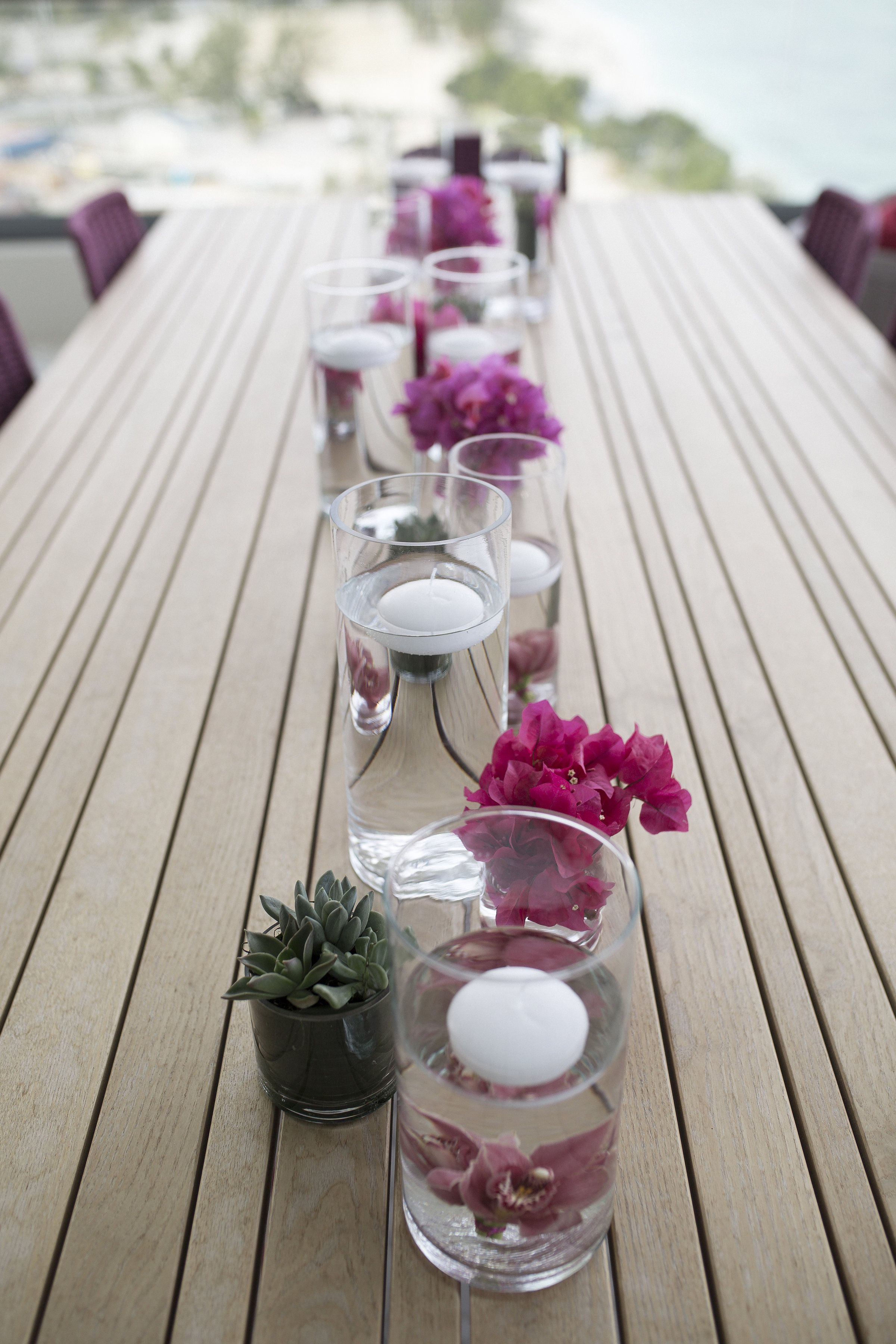 Amazing Simple And Elegant Breakfast Table Centerpieces Home Interior And Landscaping Elinuenasavecom