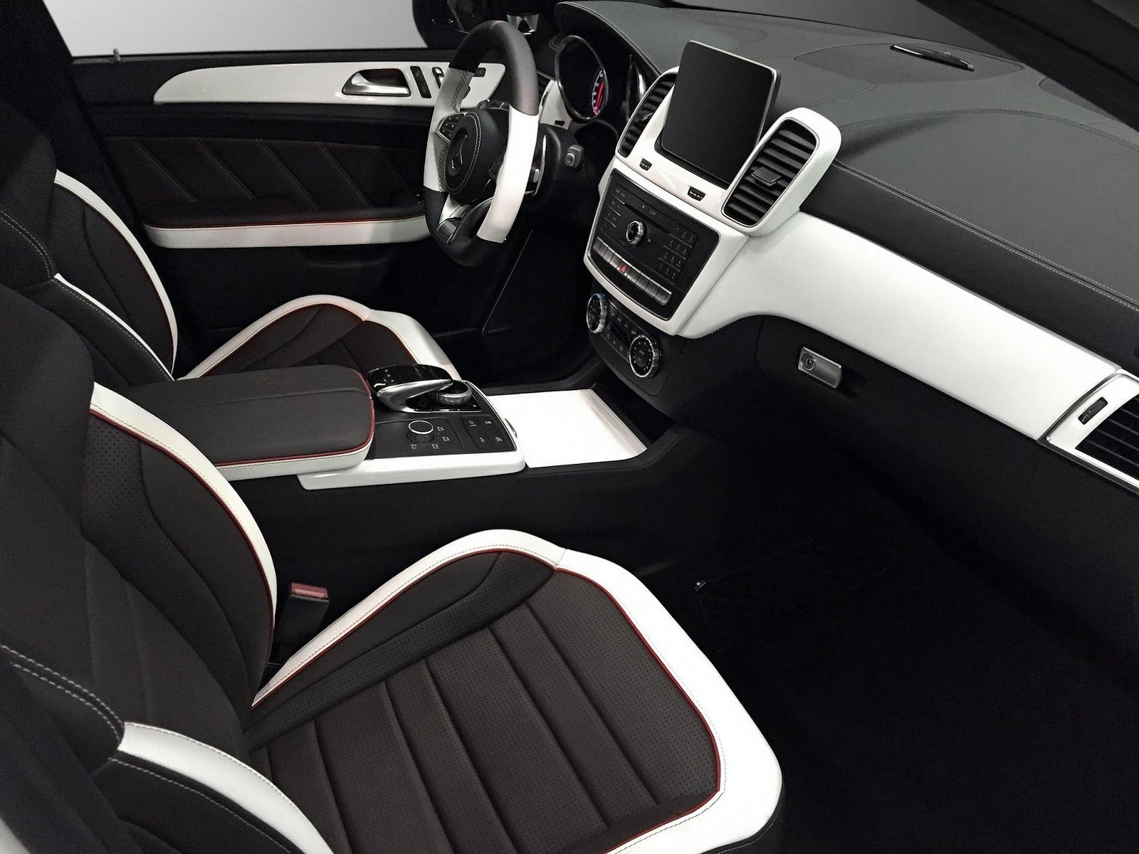 How About This Custom Black White Interior For Mercedes Gle