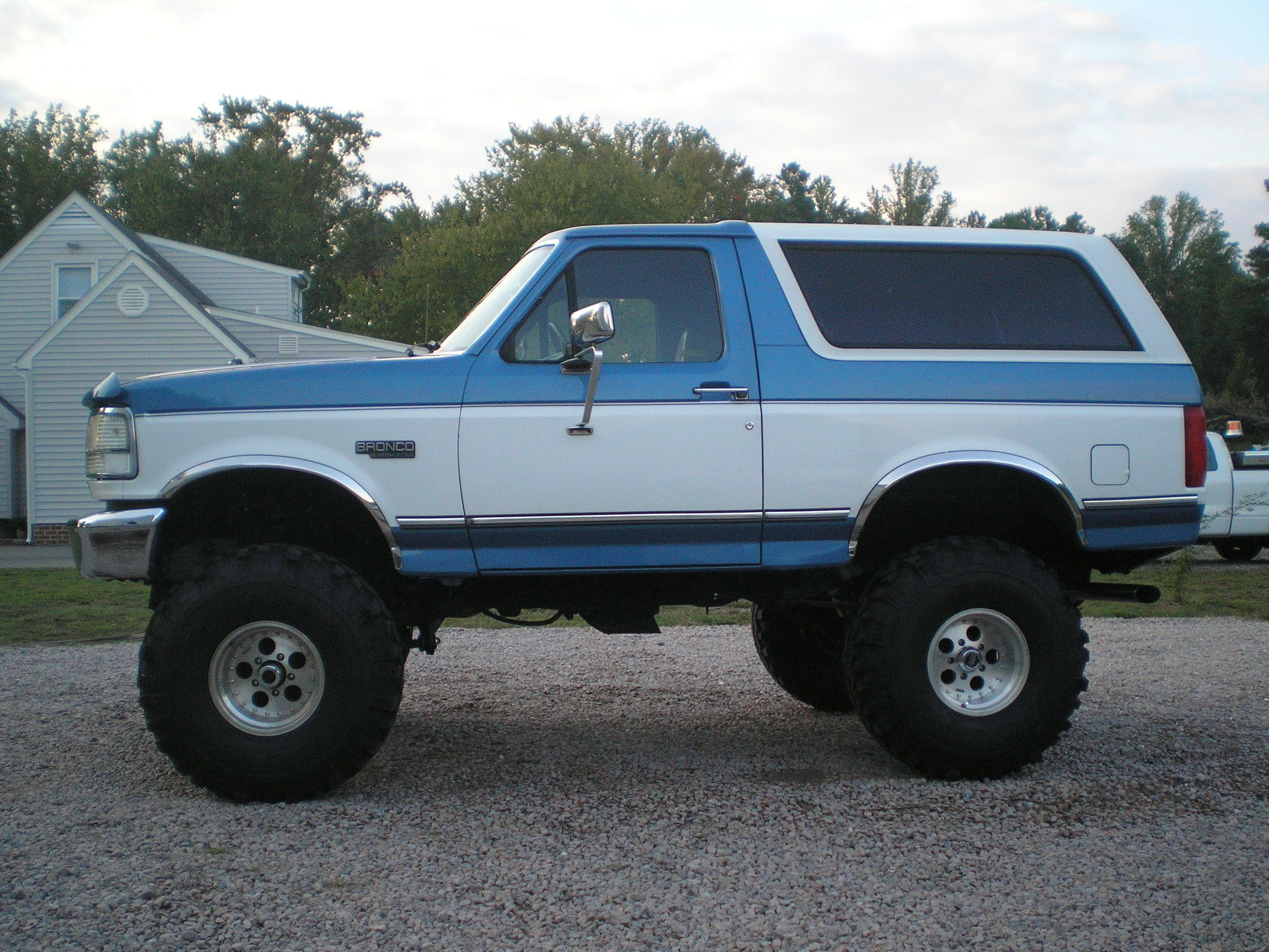 for by pin early cars bronco ford and truck wescott sale trucks pinterest trevor on jeep jeeps broncos